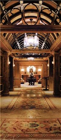 The Beautiful Hallway Leading To Luxor Las Vegas Wedding Chapel