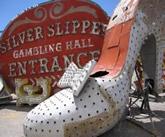 Old Silver Slipper neon sign