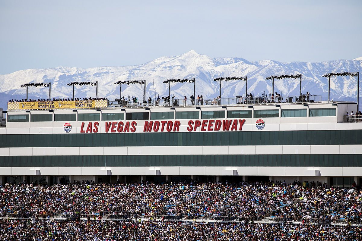 NASCAR races at LVMS 2